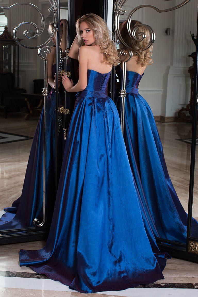 robe de cocktail vaporeuse couleur bleu nuit oksana mukha paris. Black Bedroom Furniture Sets. Home Design Ideas