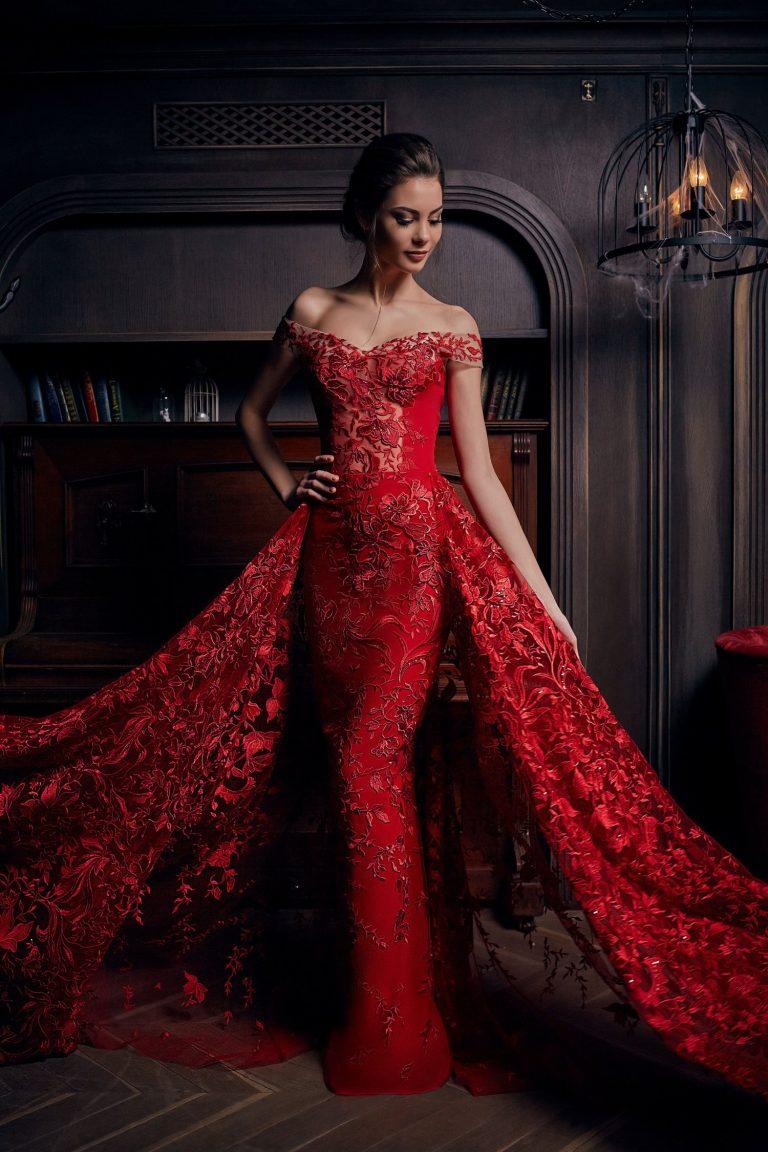Robe de soirée rouge avec traine