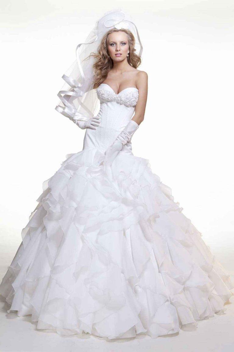 Robe de mariée princesse avec volants