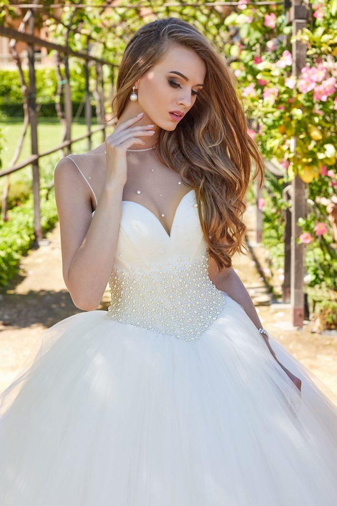 robe de mariee bustier cœur perle