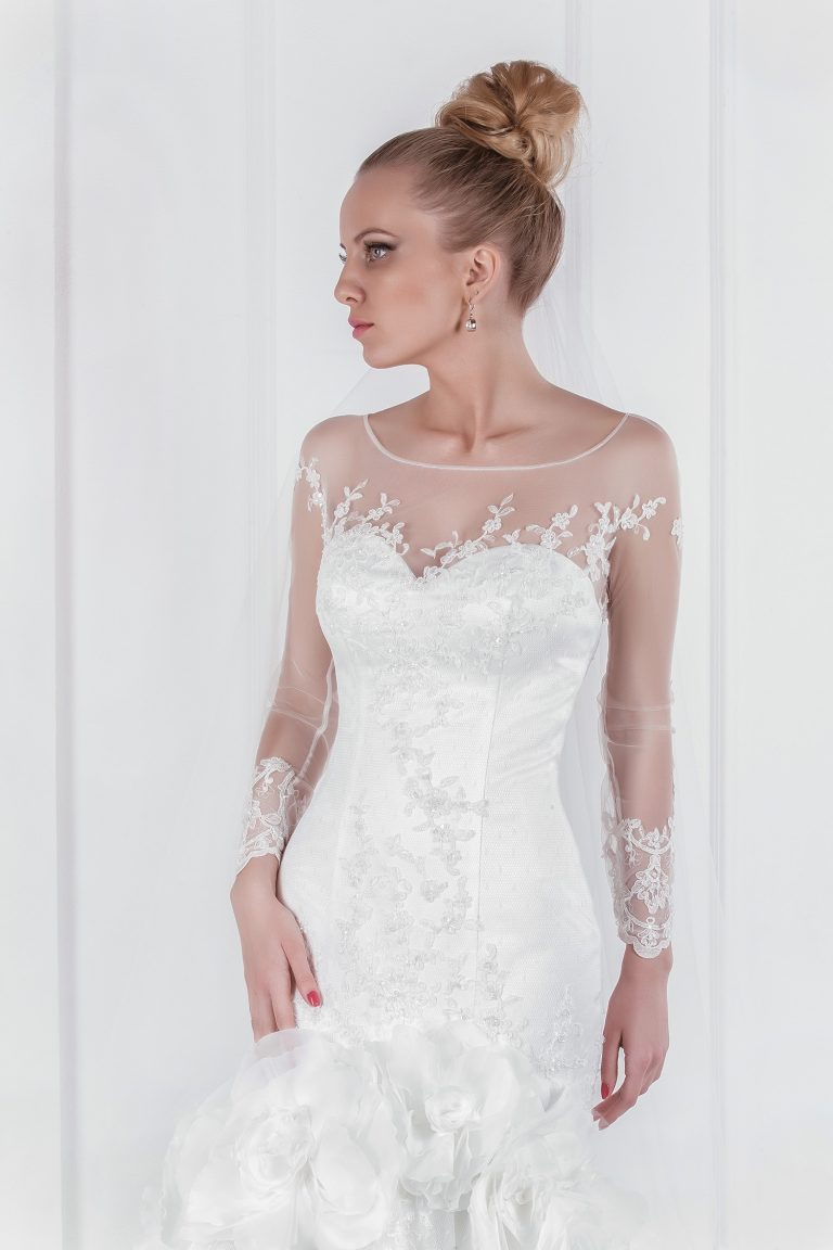 Robe de mariée sirène manches transparentes