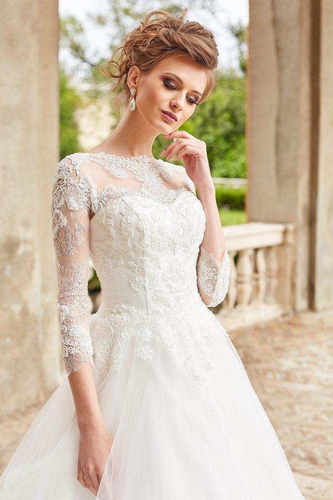 robe de mariee princesse manches en dentelle
