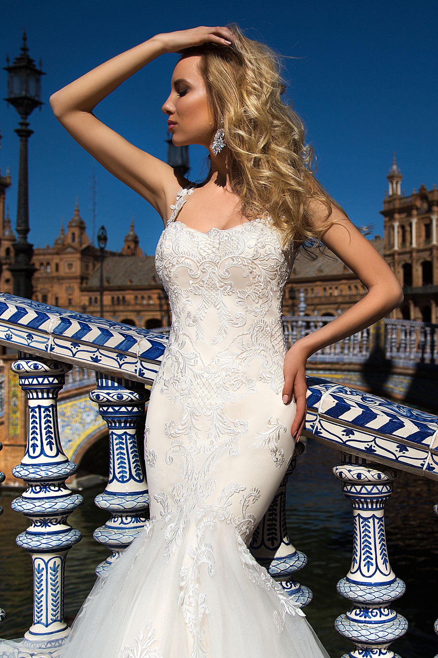 Robe de mariée sirène avec longue traine