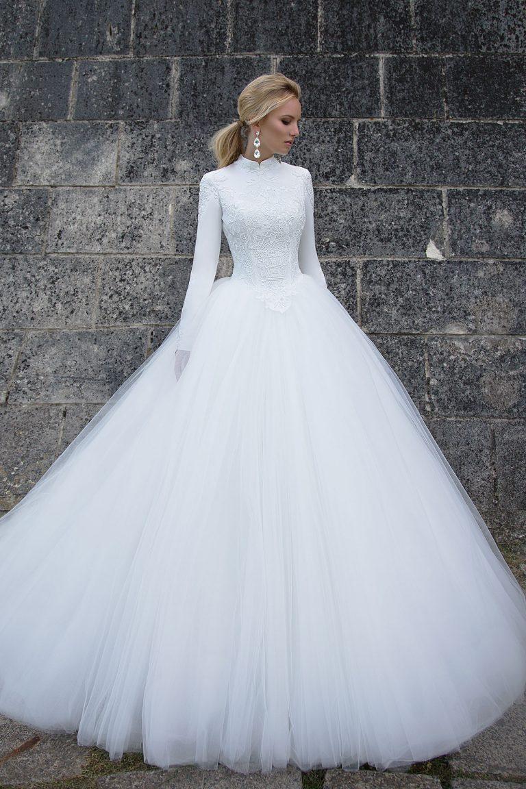 Robe de mariée couverte