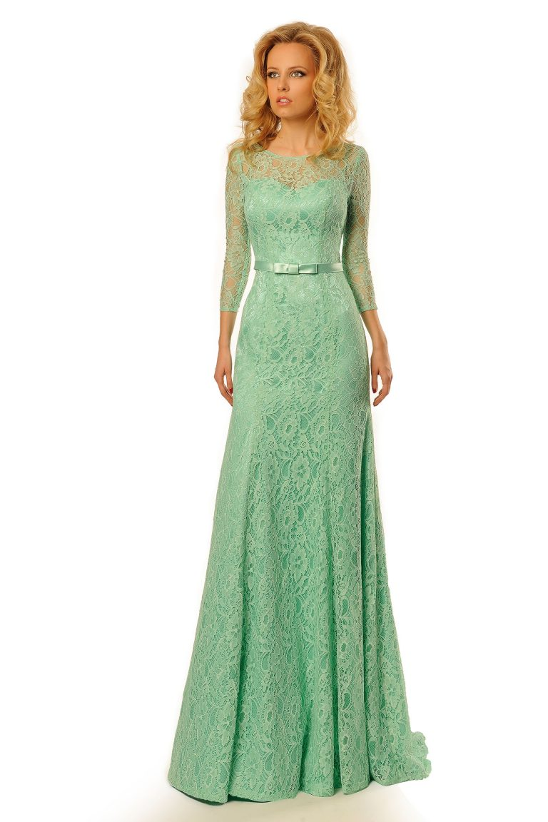 Robe de cocktail en dentelle verte