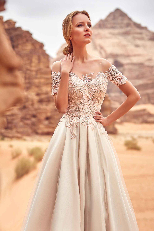 robe de mariée fluide bustier perlé