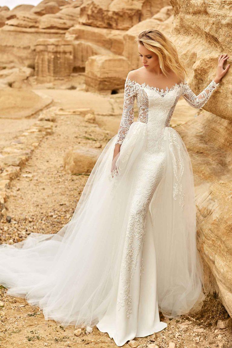Robe de mariee longue avec traine detachable