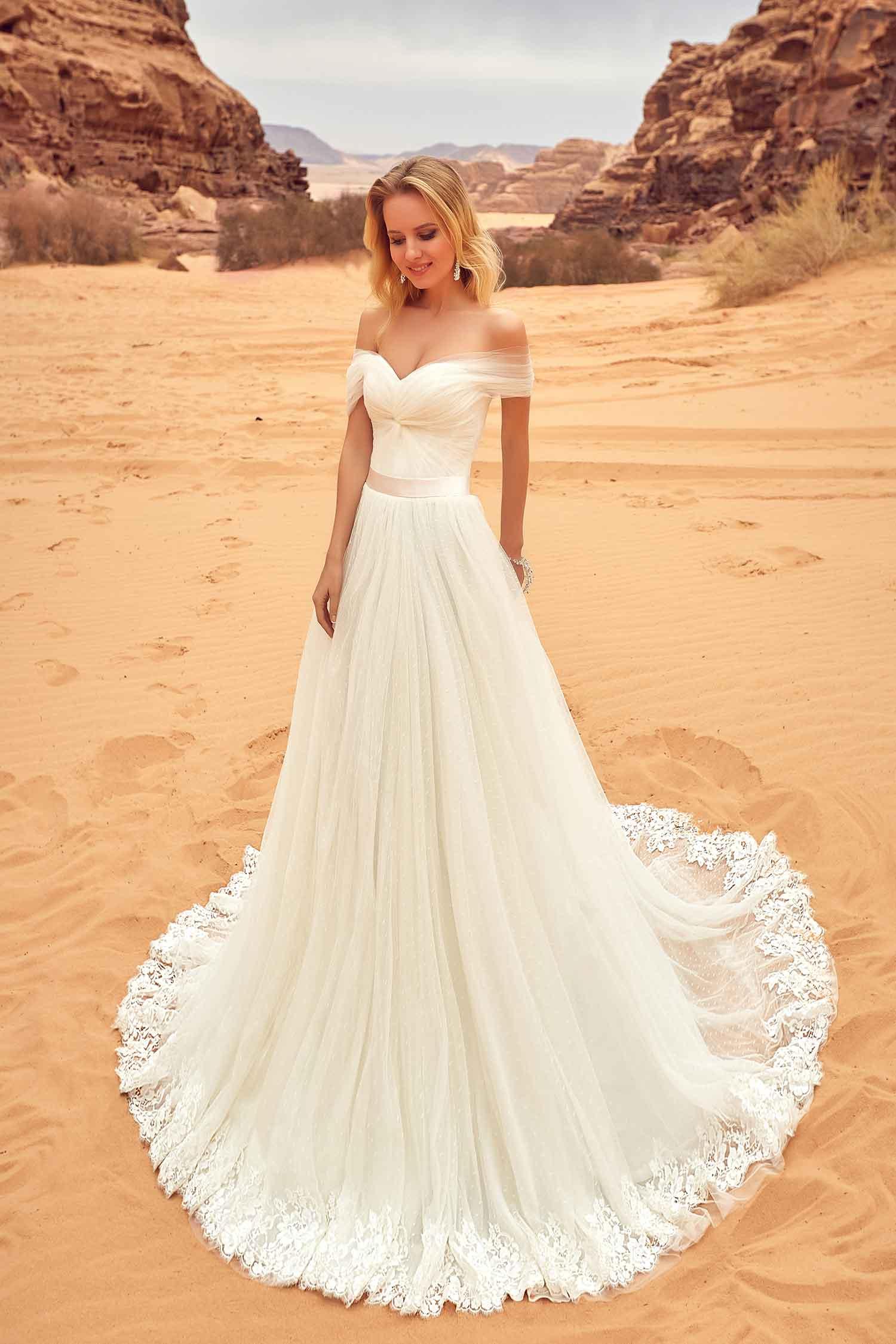 robe de mariée à col bateau