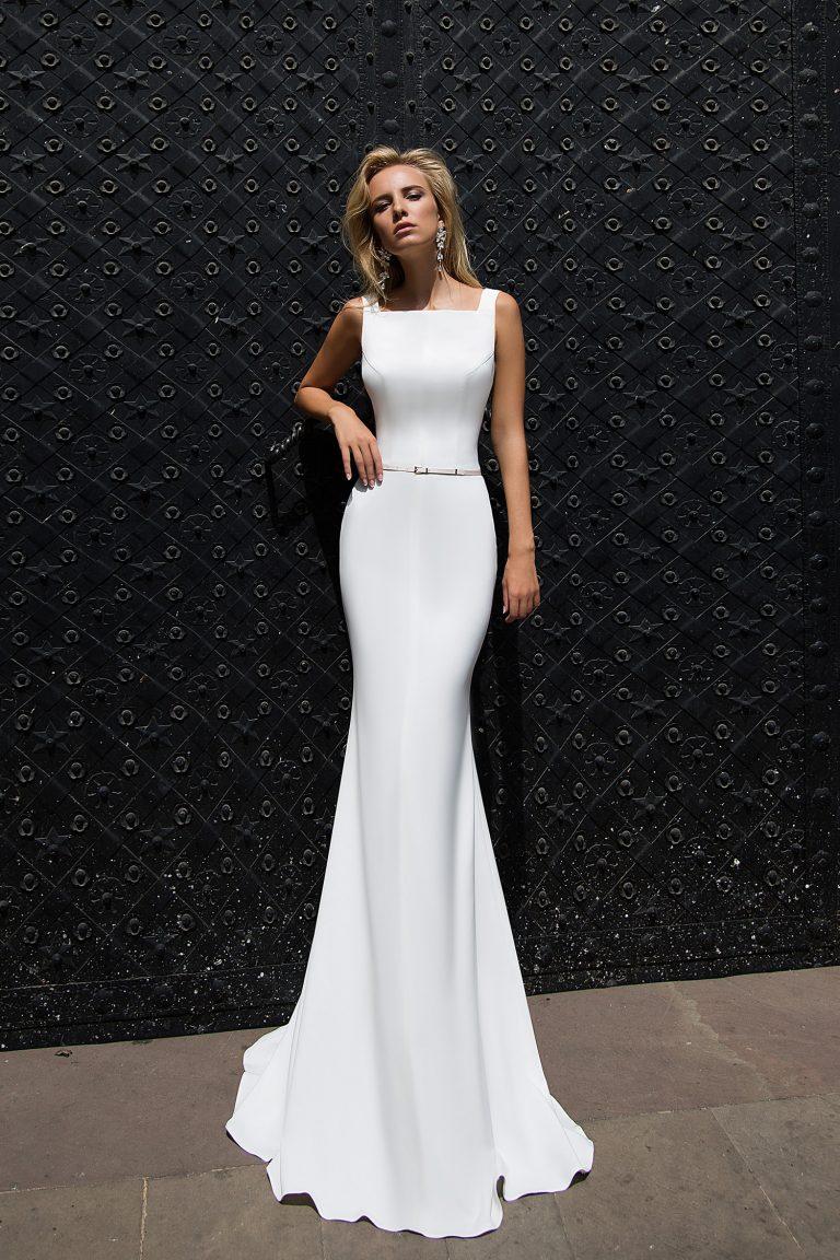 Robe de mariée fourreau moulante