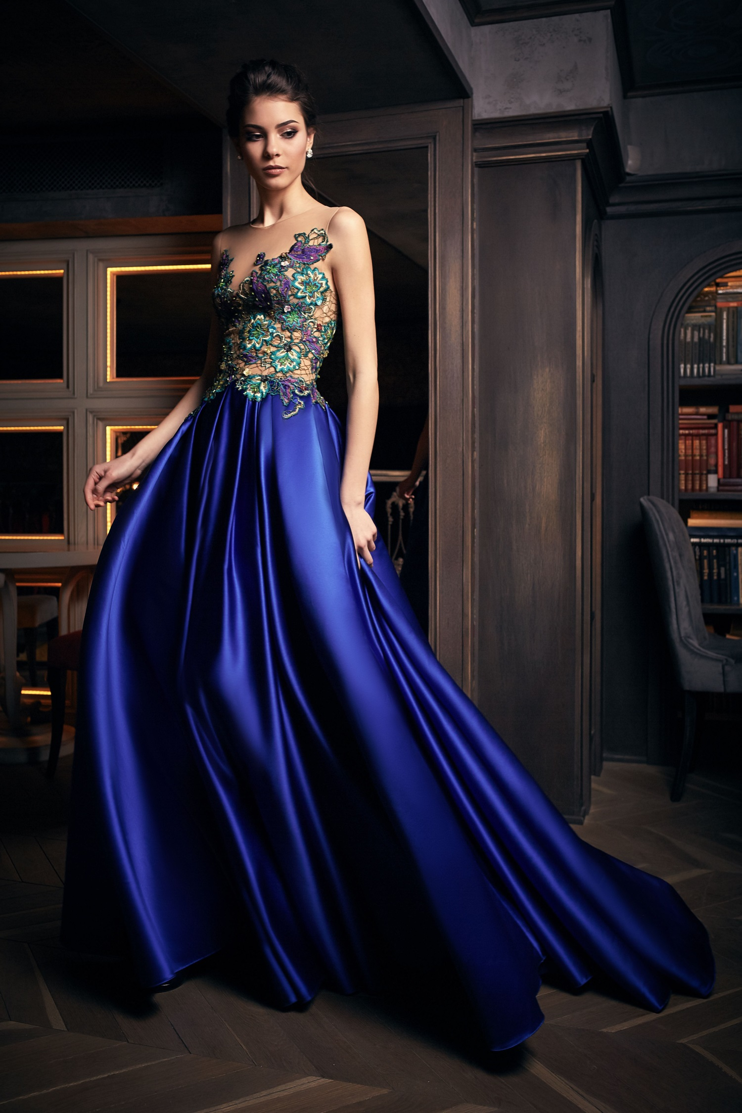 robe de soiree de luxe bleue paris