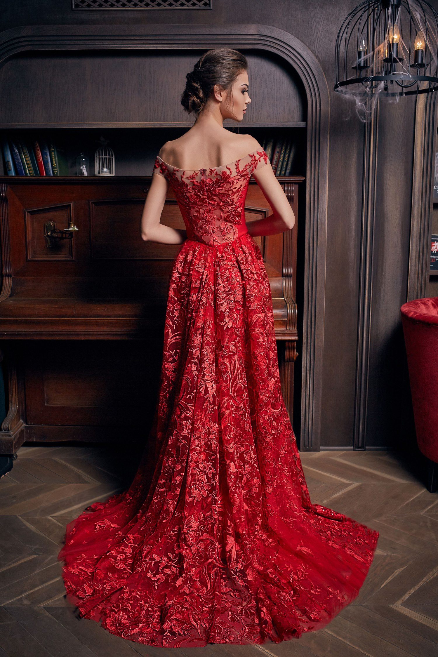 robe de soirée rouge avec traîne
