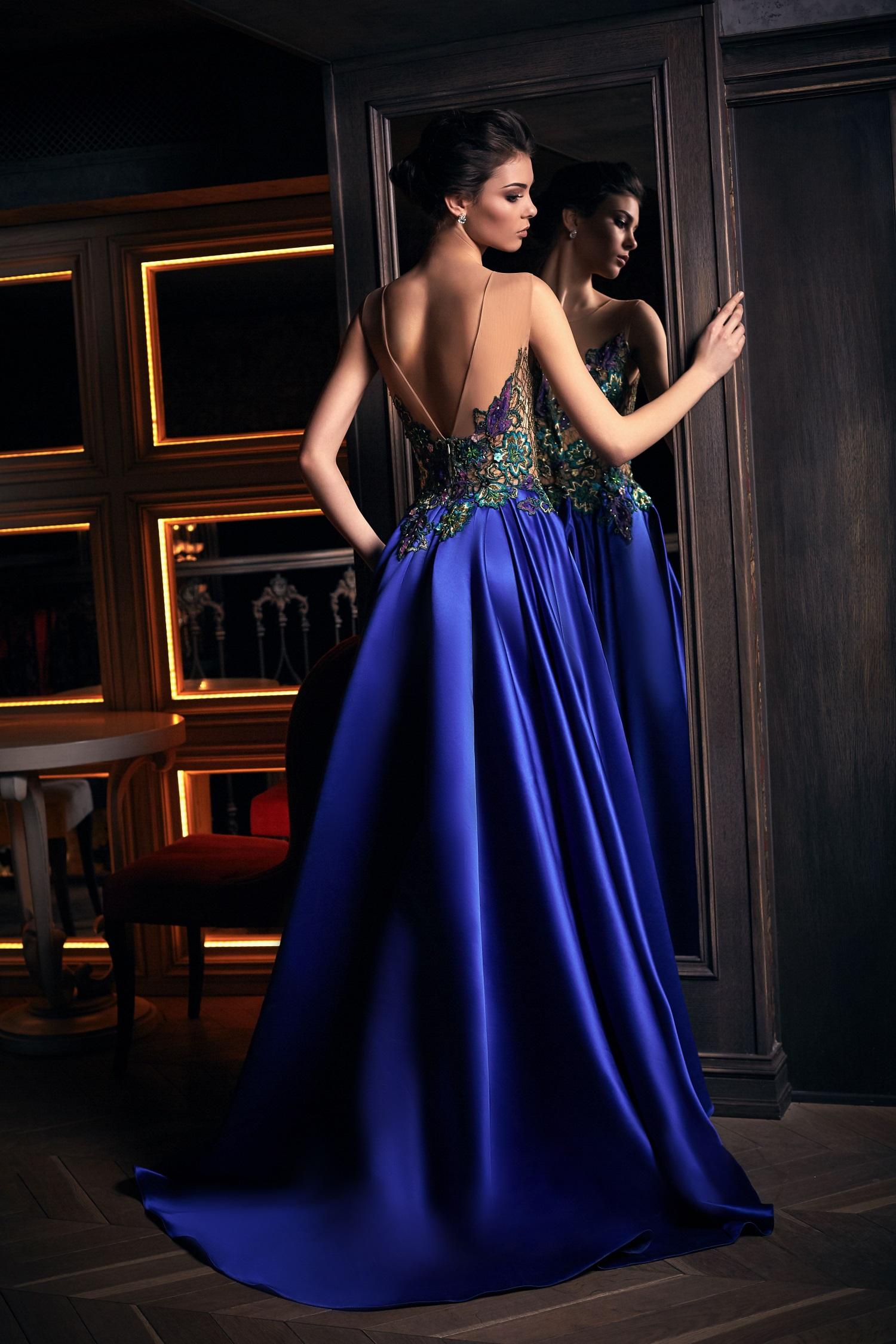 robe de soirée de luxe bleue paris