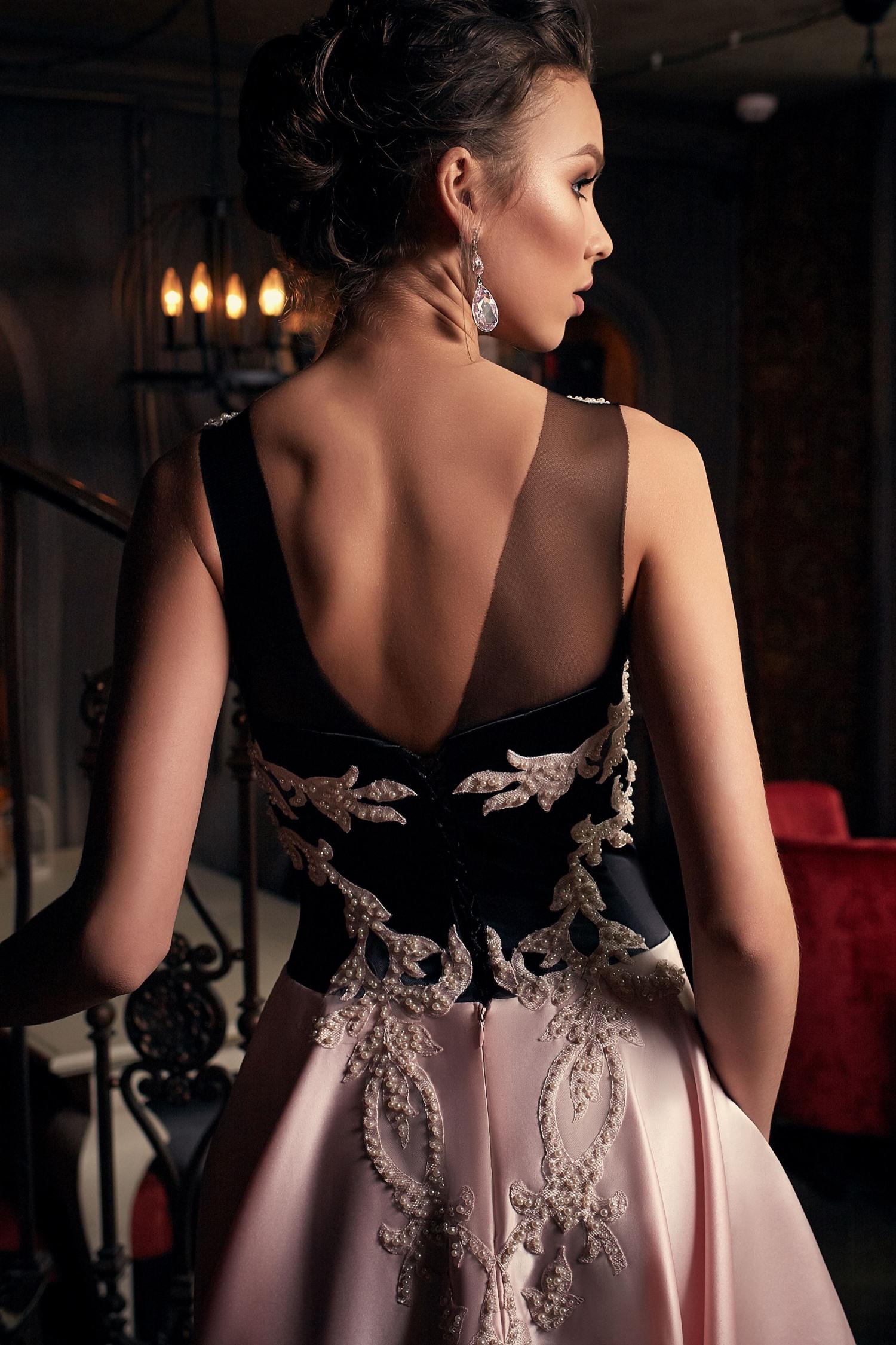 robe de soirée noire et rose Paris luxe