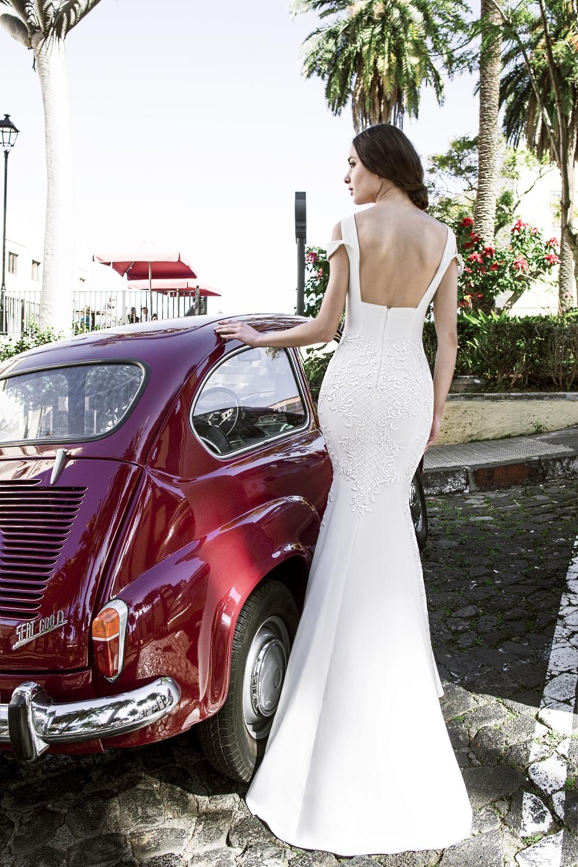 robe de mariee dos carre