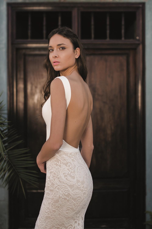 robe de mariee fourreau dos nu