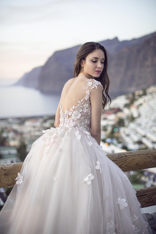 robe de mariee luxe fleurs