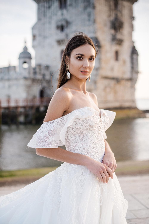 robe de mariee col bateau princesse
