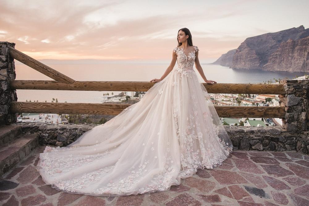 robe de mariee fleurs 3D