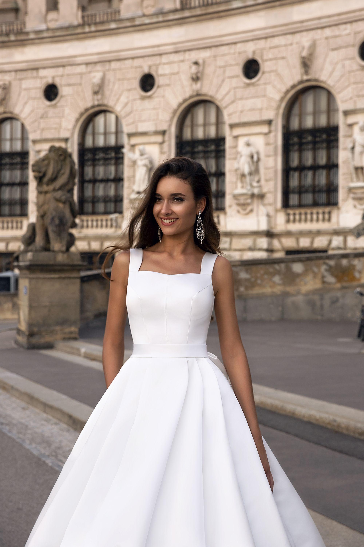 robe de mariee col carre