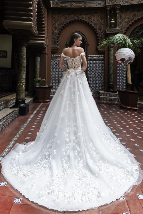 Robe de mariée de luxe camélias