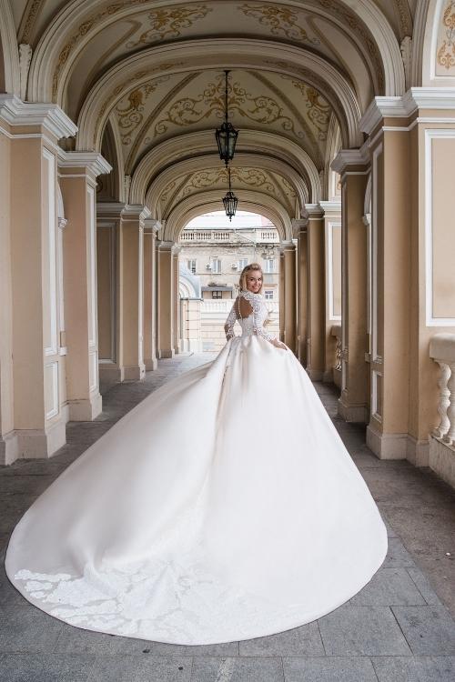 Robe de mariée - traîne amovible