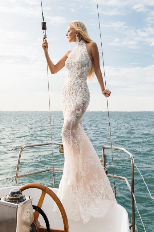 Robe de mariée fourreau dentelle