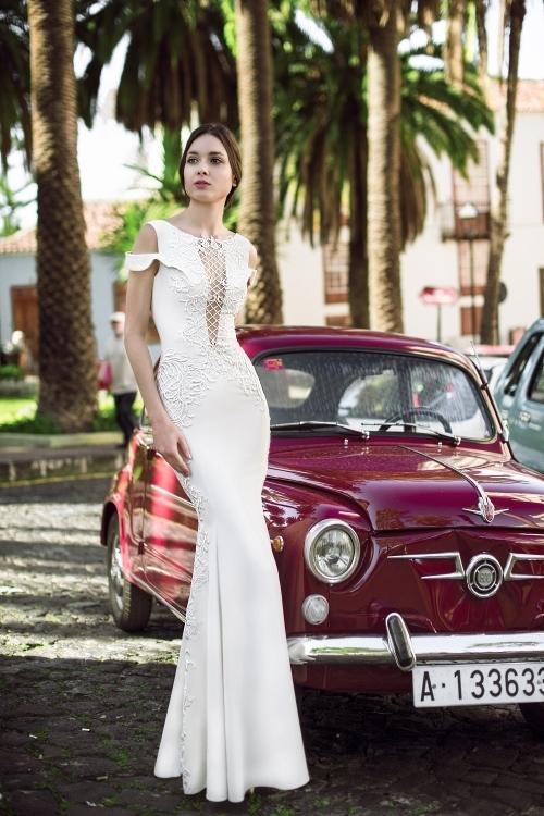 Robe de mariée ajustée résille