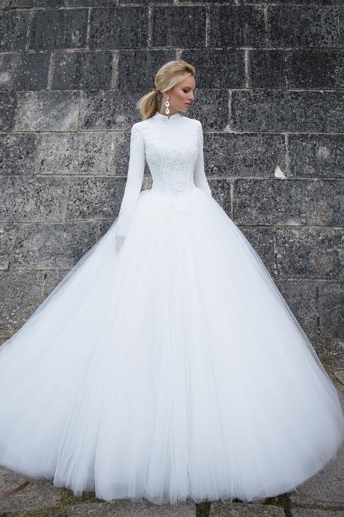 Robe de mariée couvrante