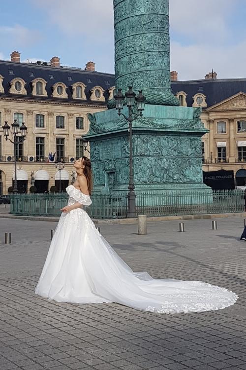 Robe de mariée col Bardot