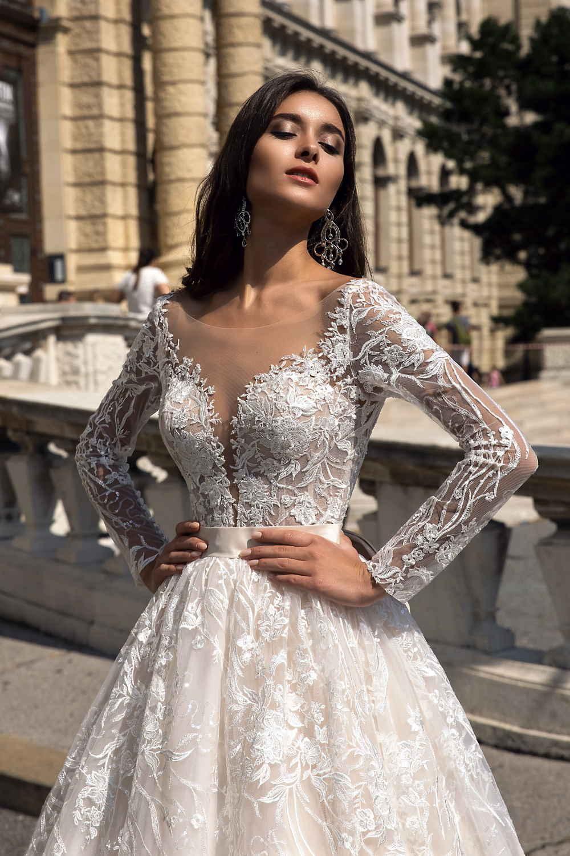 robe de mariee avec longues manches 1
