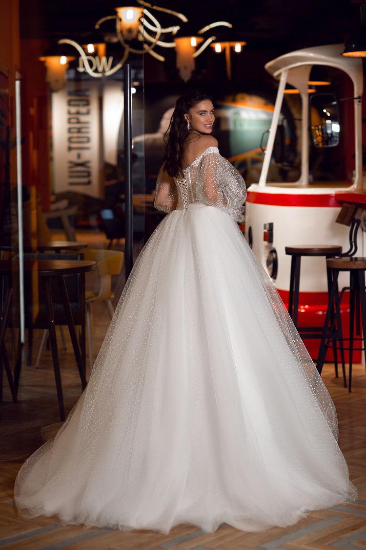robe de mariee a manche bouffante