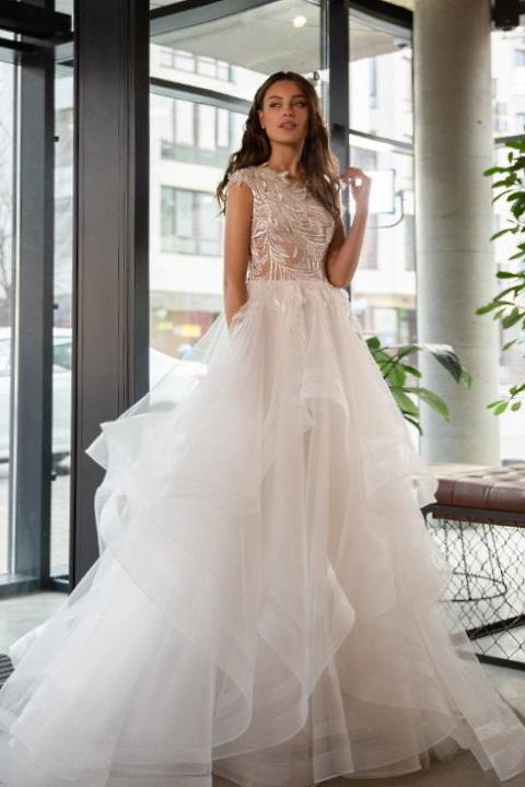 Robe de mariée jupe volantée