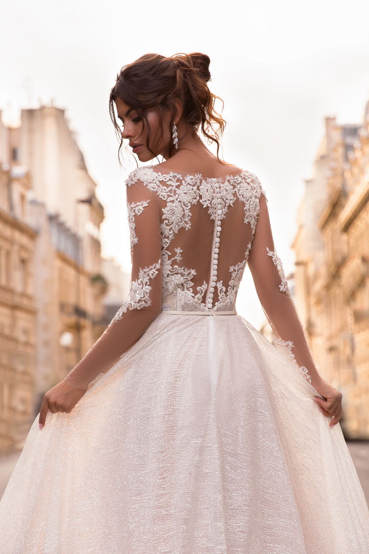 robe de mariee brillante