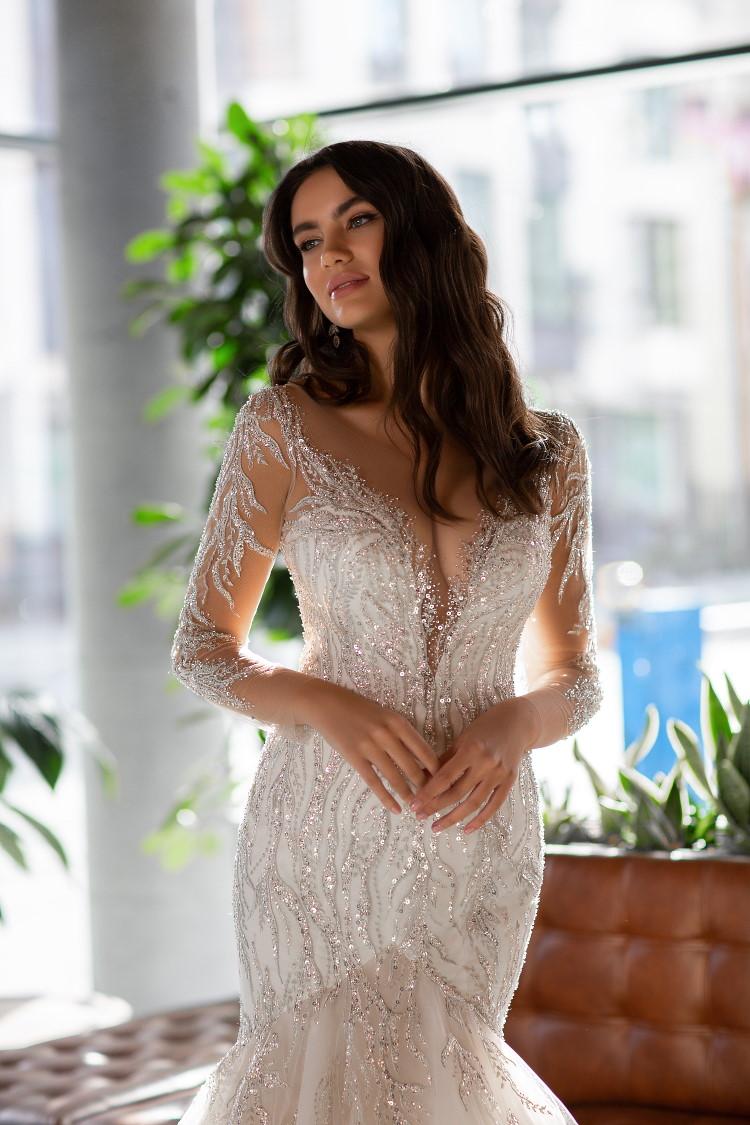 robe de mariee decollete profond