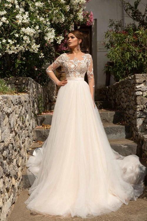 Robe de mariée semi-transparente