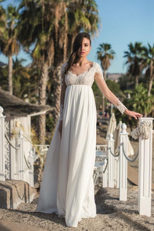 Robe de mariée empire fluide