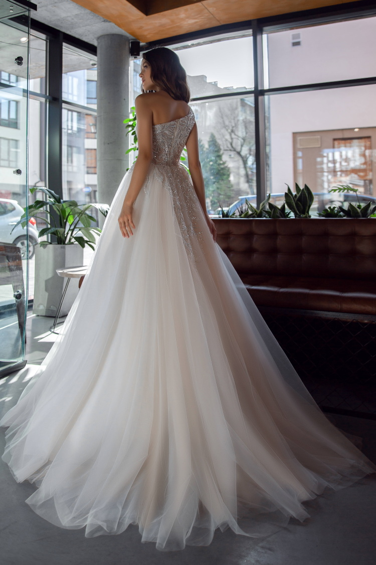 robe de mariee moderne chic