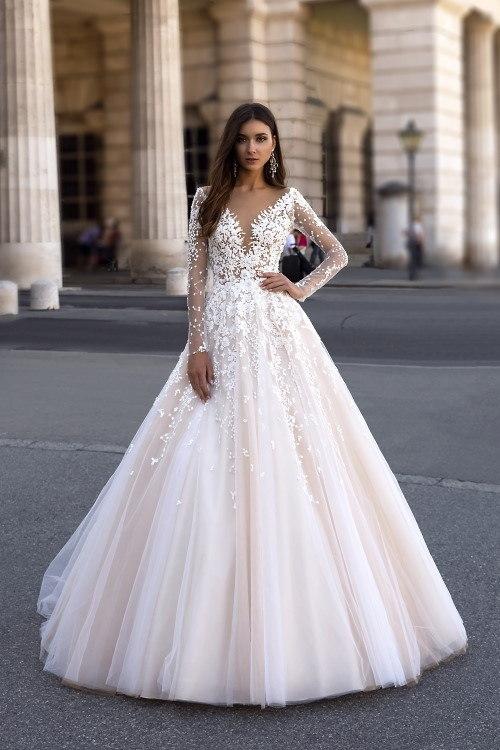 Robe de mariée col V