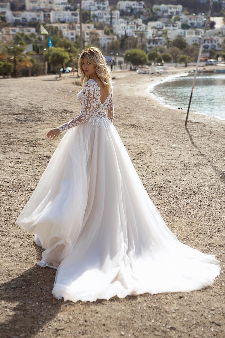 robe de mariee avec dos en V