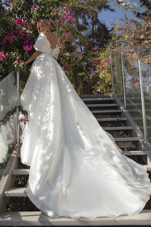 Robe de mariée en organza de soie