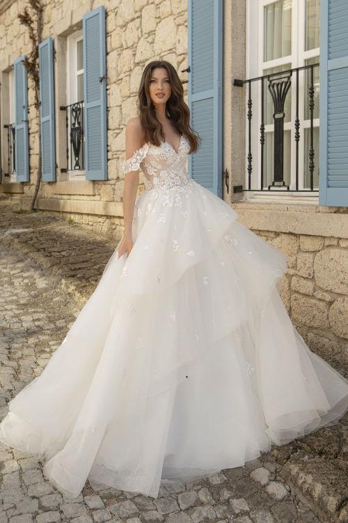 Robe de mariée à volants